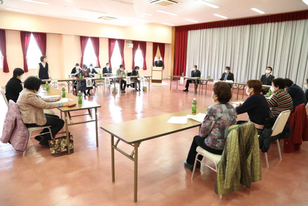 強い組織作りへ 常勤役員と懇談会